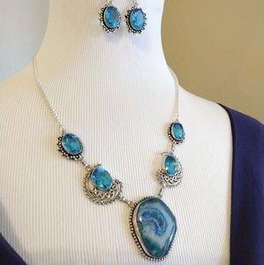 Blue quartz blue topaz stamped 925 necklace set